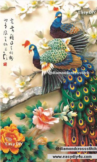 นกยูงคู่แสนสวยแนวตั้ง