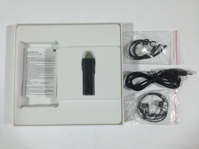 สินค้าภายในกล่อง หูฟังบลูทูธแบบสอดหู Bluedio DF7 สีดำ