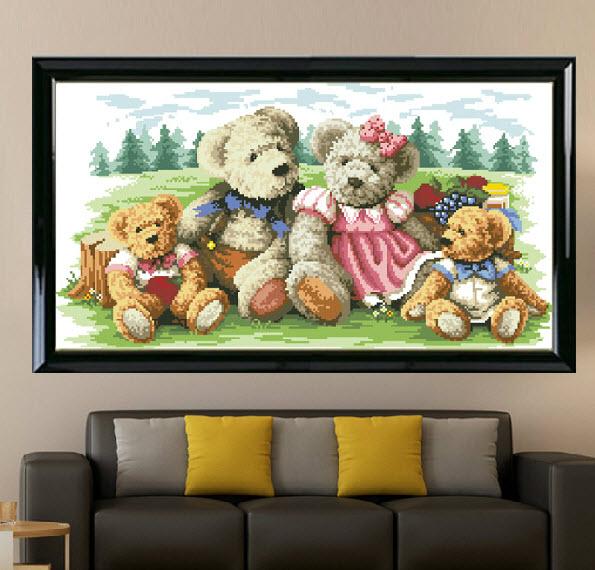 อุปกรณ์งานฝีมือ DIY ครอสติสคริสตัลรูปครอบครัวตุ๊กตาหมี 2 (กลาง)