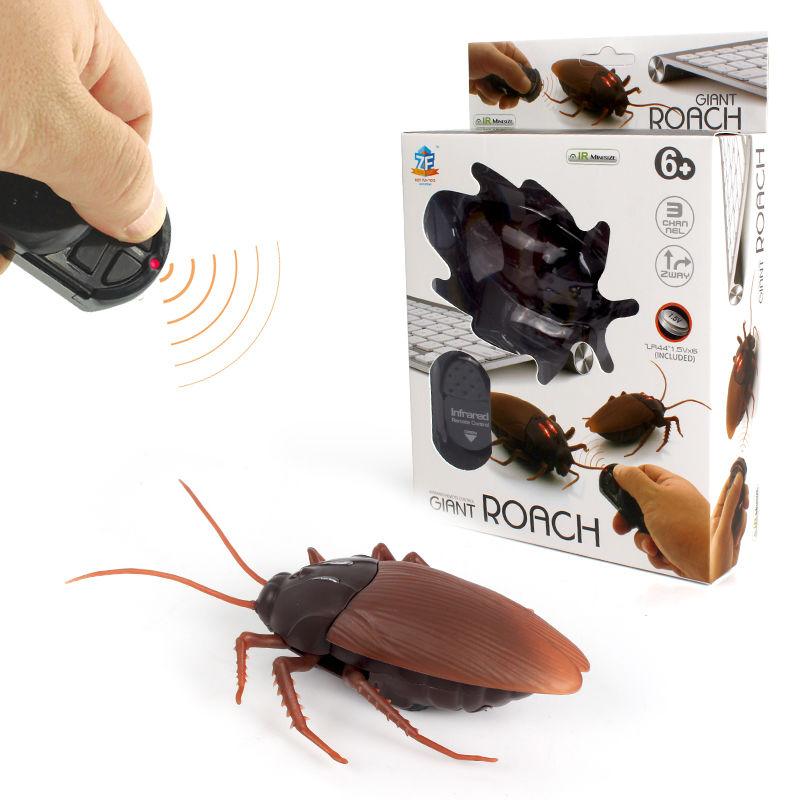 แมลงสาบบังคับ Cockroach Toy