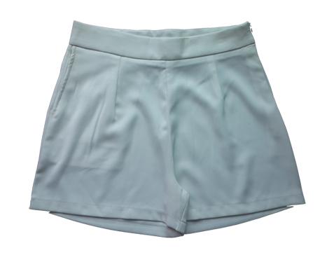 กางเกงขาสั้นเอวสูงผ้าฮานาโกะ สีขาว กระเป๋าขวา ซิปซ้าย Size 2XL 3XL