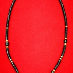 สร้อยกะลาสลับทองคำแท้ หัวขุนไม้พญางิ้วดำ+ เม็ดทอง + เม็ดไม้มงคล (กลม + ลักบี้)