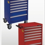 7-DRAWER TOOL TROLLEY -one time one drawer open only
