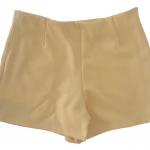 กางเกงขาสั้นเอวสูงขอบเรียบผ้าฮานาโกะ ซิปซ้าย กระเป๋าขวา สีเหลือง Size S M L XL