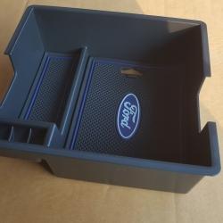 กล่องเอนกประสงค์คอนโซลกลาง Ford Everest