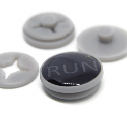 RaceNap ตัวติดเบอร์วิ่ง (BIB Race Number Holder) ลาย RUN สีดำ