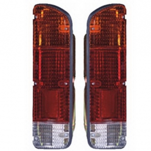 04-400 R/L Rear Combination Lamp