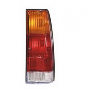 04-424 R/L Rear Combination Lamp