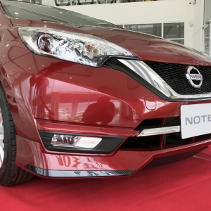 Nissan Note ทรงห้าง
