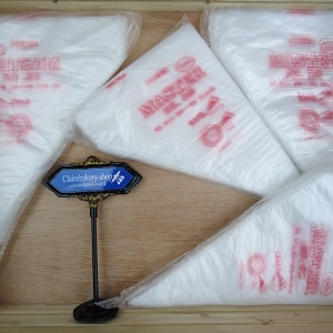 ถุงบีบใช้แล้วทิ้งแพคละ100ชิ้น